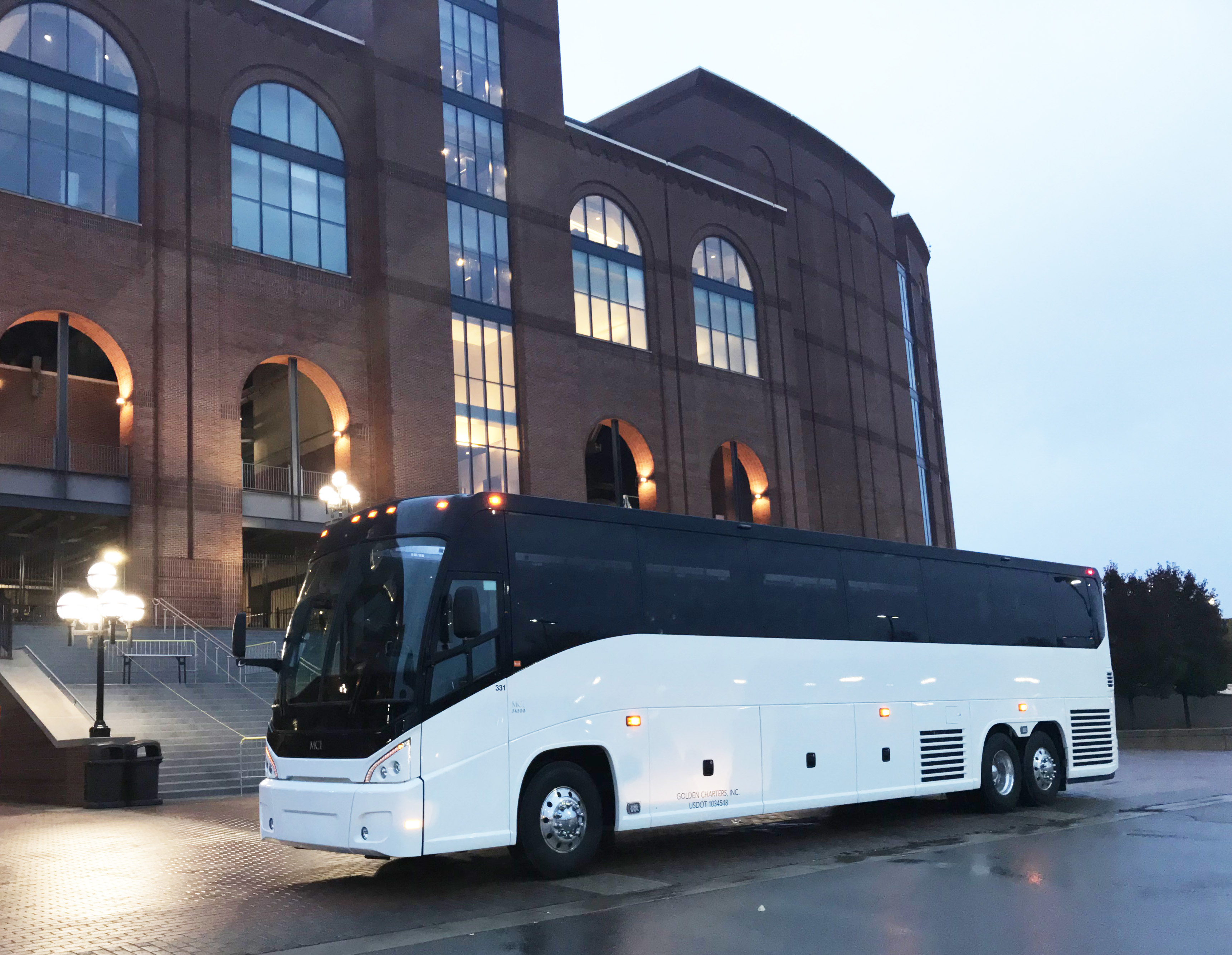 Golden Charter Buses for Group Events